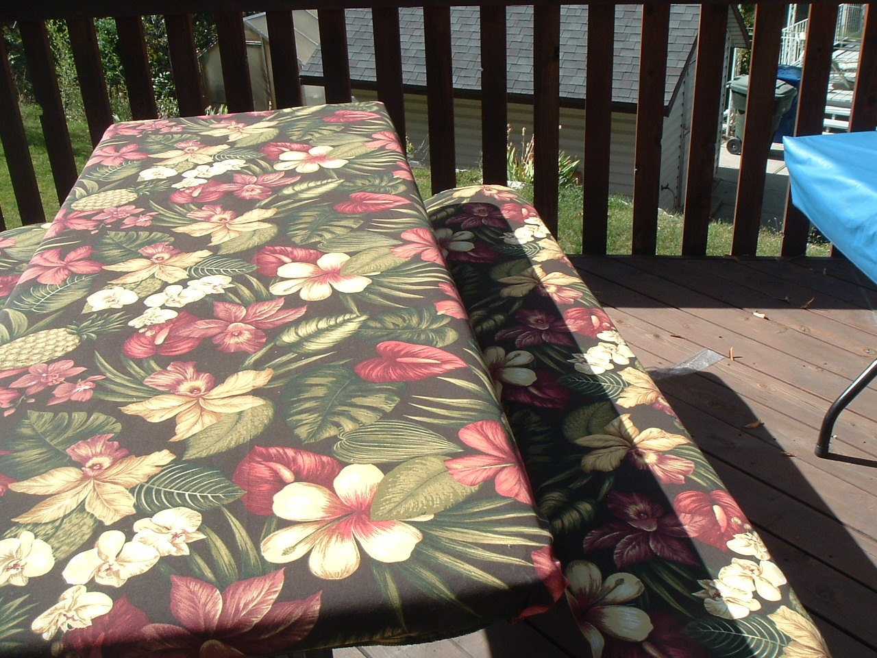 Heavy Duty Outdoor Fabric Picnic Tablecloths For Sale - Outdoor picnic table covers
